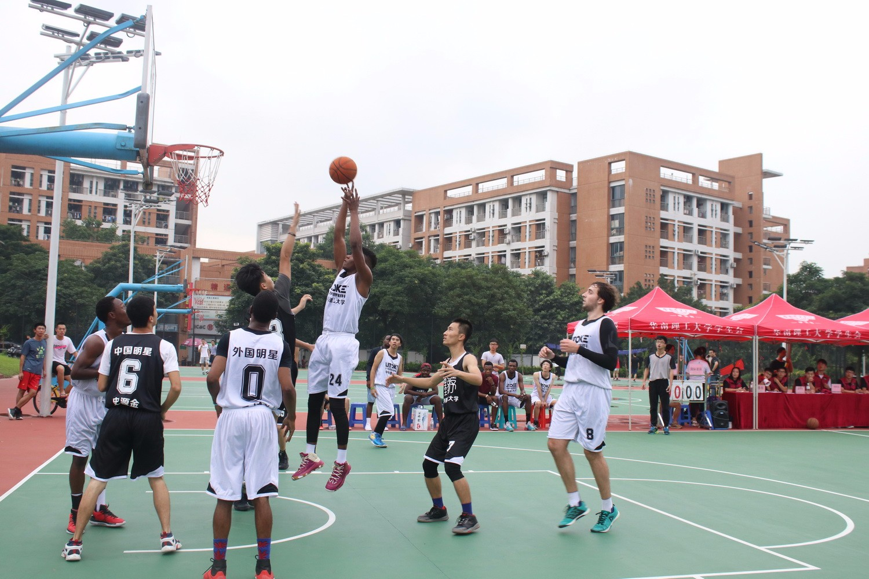 华南理工大学篮球赛-力特克