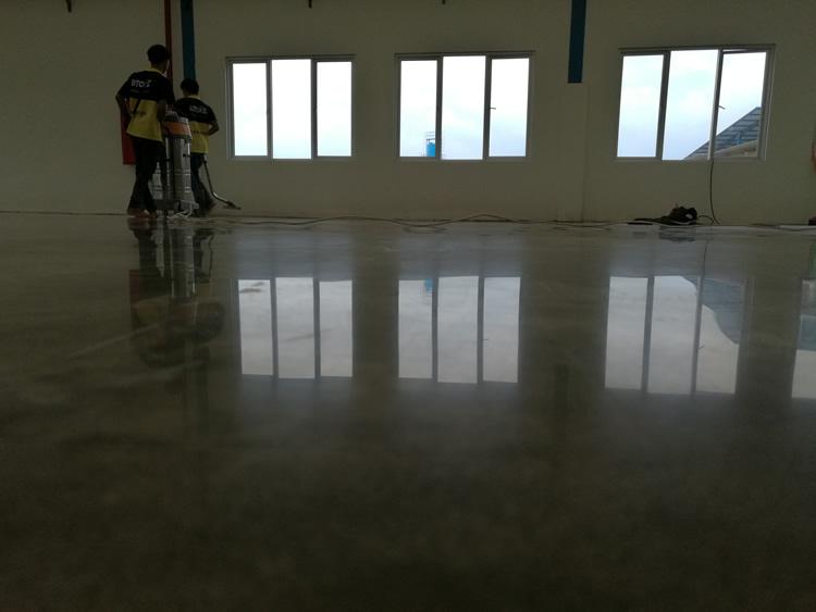 混凝土密封固化剂地坪打样的技巧