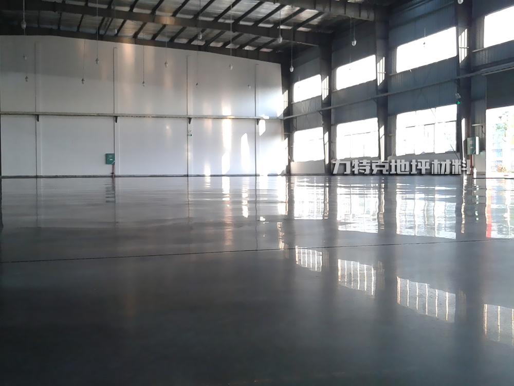 地坪做密封固化处理与地坪抛光打蜡的区别
