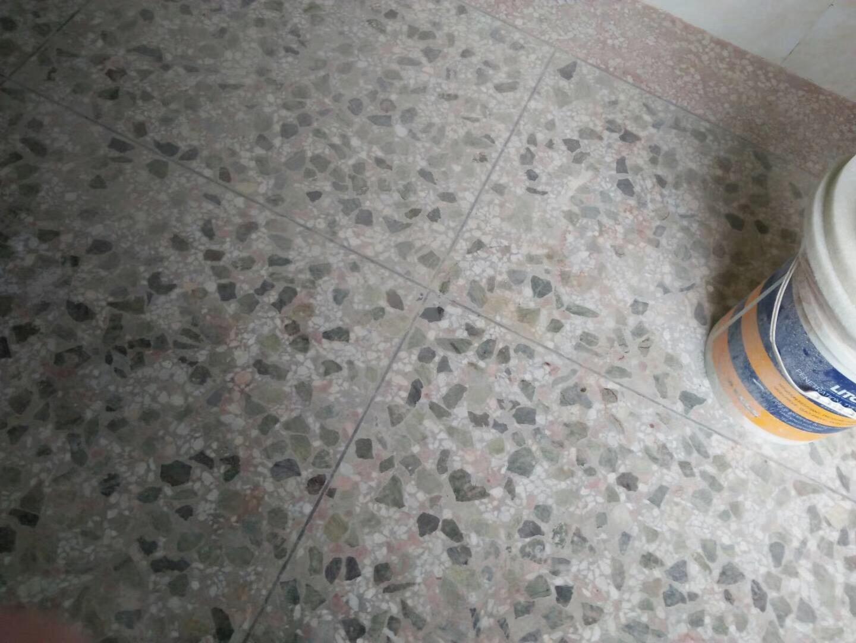 水磨石地面密封固化剂处理前